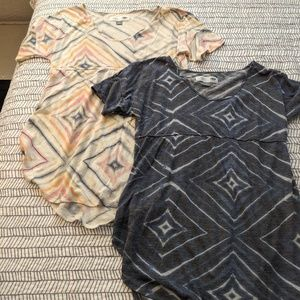 OLD NAVY Maternity Shirts (2)